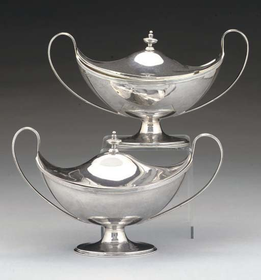 A PAIR OF LATE VICTORIAN SILVER COVERED SAUCE TUREENS IN THE GEORGE III STYLE,