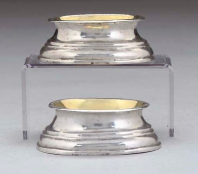 A PAIR OF 18TH CENTURY CONTINE
