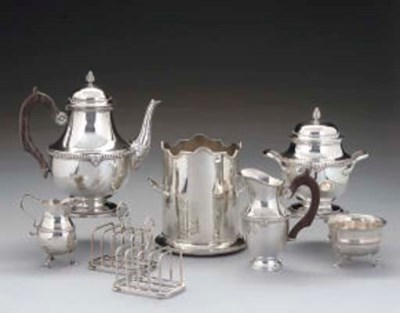 A FRENCH SILVER 3-PIECE TEASET