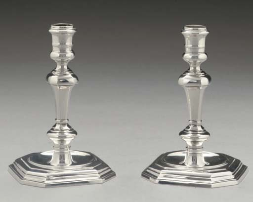 A PAIR OF MODERN CAST SILVER C