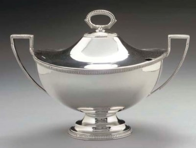 A LATE VICTORIAN SILVER OVAL S