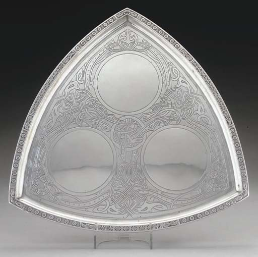 A 20TH CENTURY NORWEGIAN SILVER TRAY,