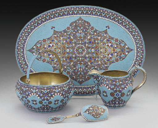 A LATE 19TH/EARLY 20TH CENTURY RUSSIAN SILVER-GILT & CLOISONNE ENAMEL SUGAR BOWL, CREAM JUG, CADDY SPOON & OVAL TRAY EN SUITE,