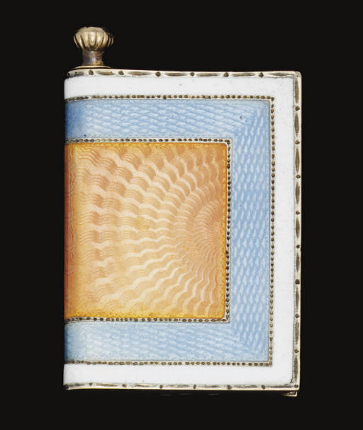 AN EARLY 20TH CENTURY RUSSIAN GOLD & ENAMEL TINDER STRIKER OF BOOK FORM,