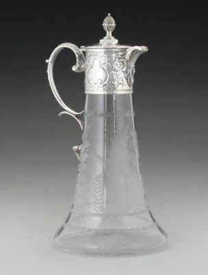 A VICTORIAN SILVER PLATE MOUNT
