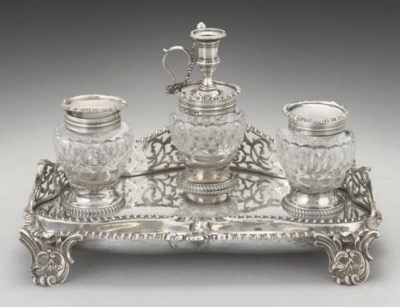 A VICTORIAN TWO-BOTTLE SILVER