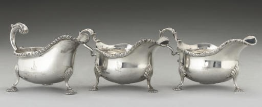 A PAIR OF SILVER SAUCE BOATS