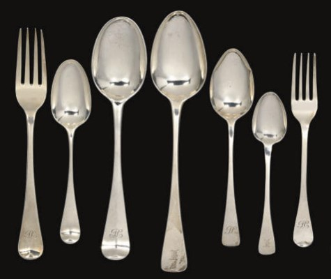 A COLLECTION OF ANTIQUE SILVER