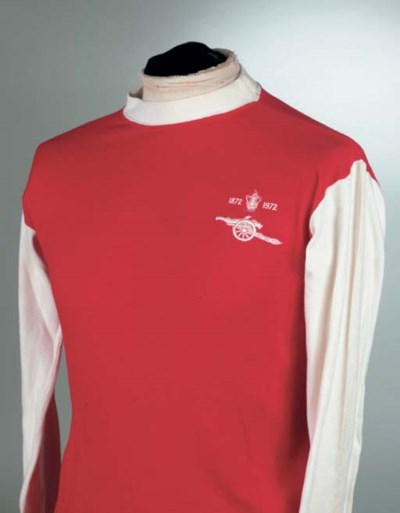 A RED AND WHITE 1972 ARSENAL F