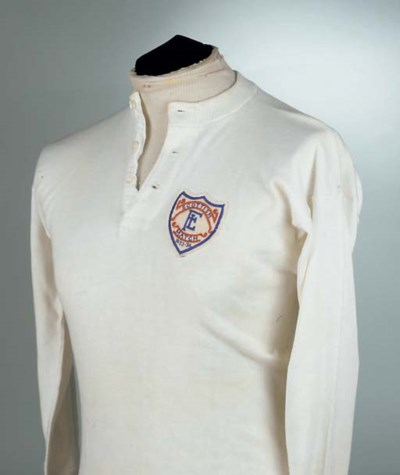 A WHITE FOOTBALL LEAGUE SHIRT