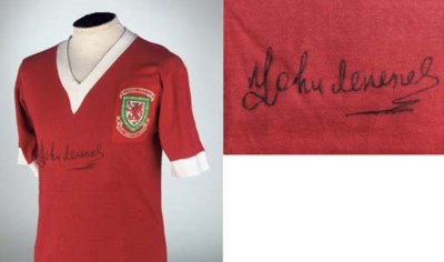 A RED WALES INTERNATIONAL SHOR