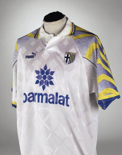 A WHITE PARMA SHORT-SLEEVED SH