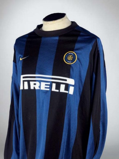 A BLUE AND BLACK INTER MILAN S