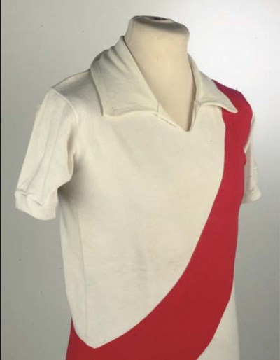 A WHITE AND RED RIVER PLATE SH