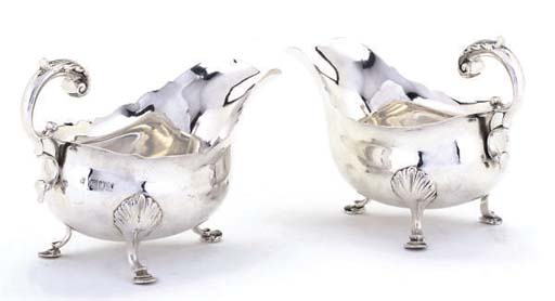 A PAIR OF LATE VICTORIAN SILVE