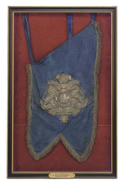 THE FRAMED PIPE BANNER OF QUEE
