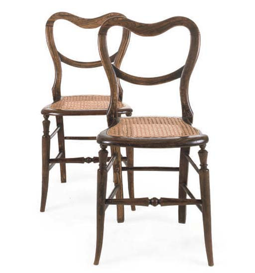 A PAIR OF VICTORIAN SIMULATED ROSEWOOD CHAIRS