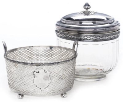 AN AMERICAN SILVER TWO HANDLED