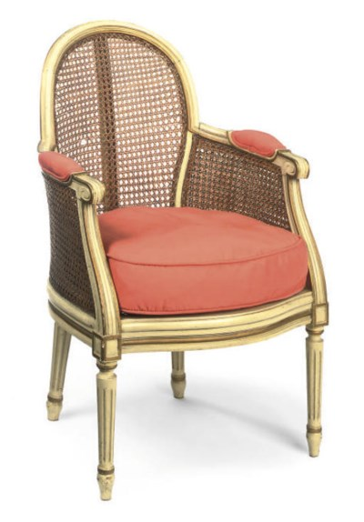 A GILTWOOD AND WHITE PAINTED B