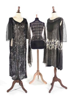 1920s COSTUME, INCLUDING STOLE