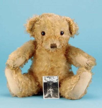 'Teddy', a Merrythought Bingie