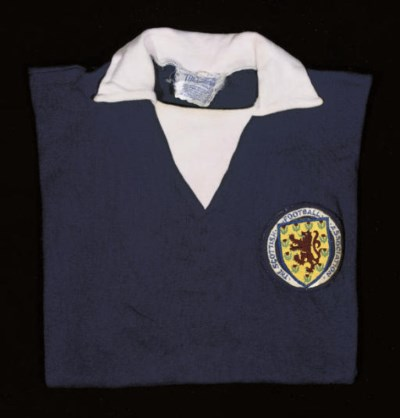 A BLUE SCOTLAND SHORT-SLEEVED