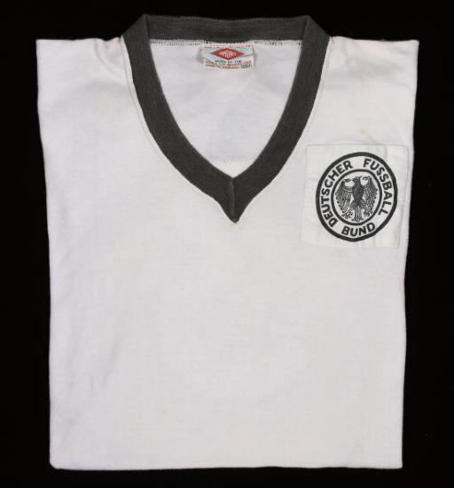 A WHITE WEST GERMANY SHORT-SLE