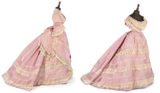 A PINK SILK DAY DRESS, LATE 18