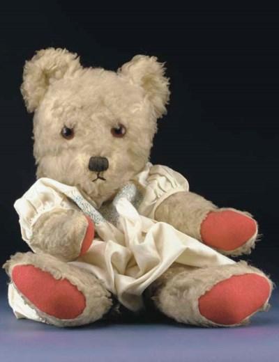 A Twyfords teddy bear pyjama c