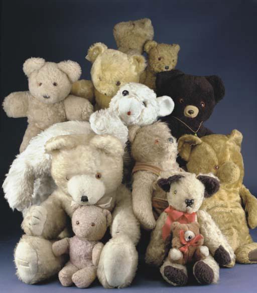 Eleven late teddy bears