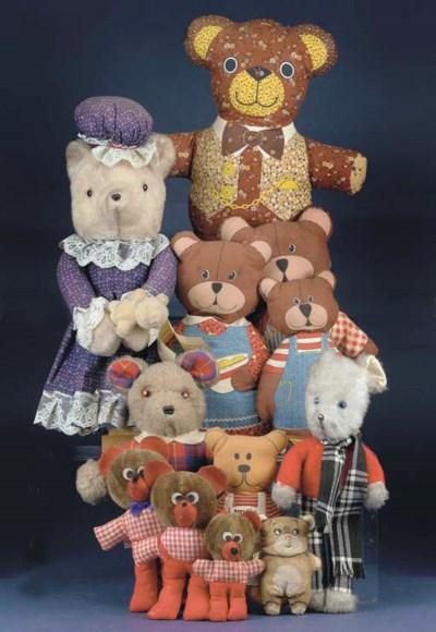 A quantity of 1970s Bears