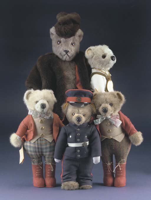 Little Folk dressed bears from