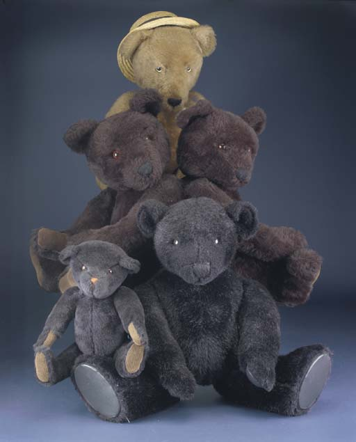 Bears from the Teddy Bears' Pi