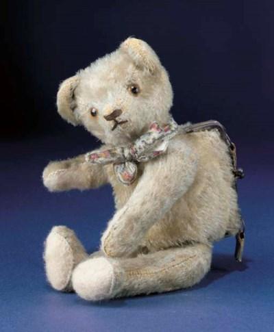 A German teddy bear handbag