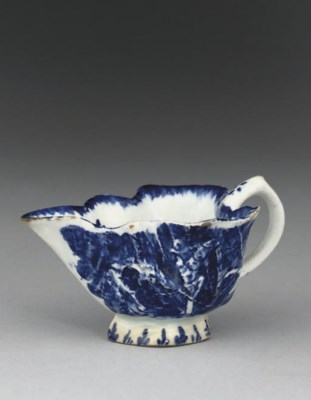 A BOW BLUE AND WHITE LEAF-MOUL