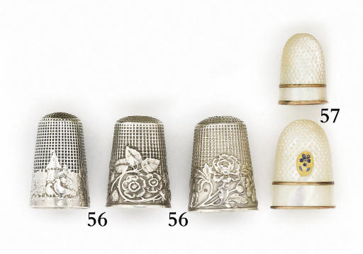 A French Palais Royal mother-of-pearl thimble