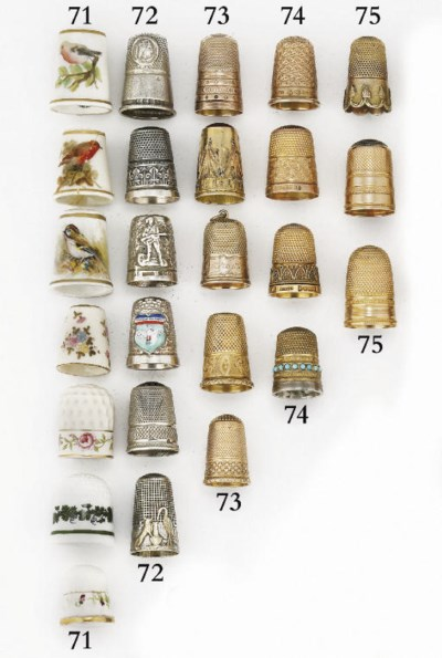 An English 15ct. gold thimble