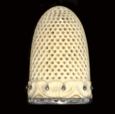 A French ivory thimble