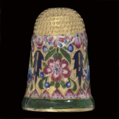 A Persian gold and enamel thim