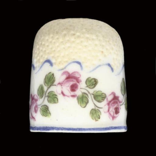 A French porcelain thimble