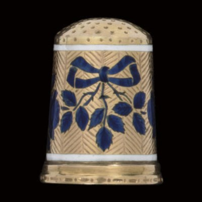 A French gold and enamel thimb