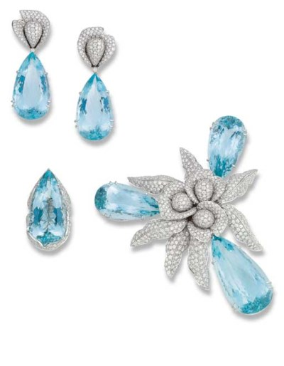 AN AQUAMARINE AND DIAMOND SUIT