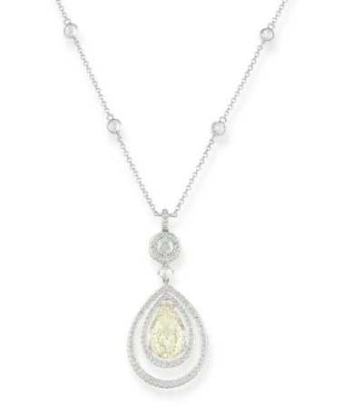 A DIAMOND PENDENT NECKLACE, BY