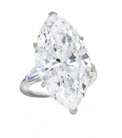 A MAGNIFICENT DIAMOND SINGLE-S