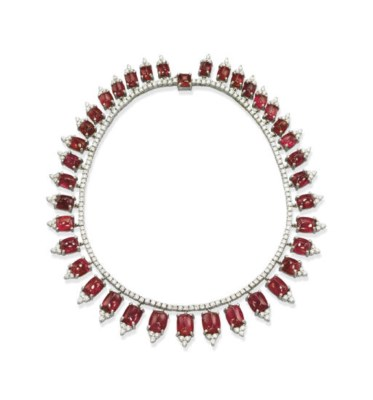 A SPINEL AND DIAMOND NECKLACE