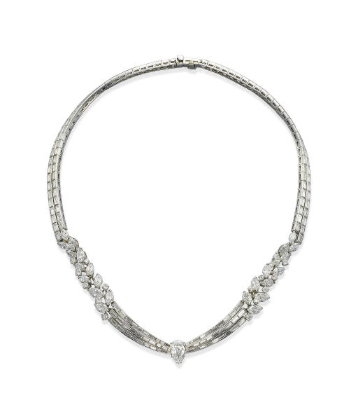 A DIAMOND NECKLACE, BY KERN