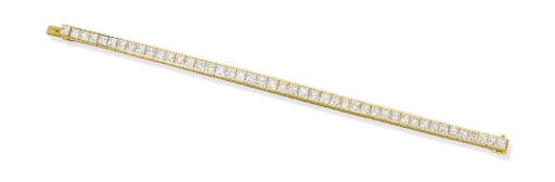 A DIAMOND LINE BRACELET, BY VA