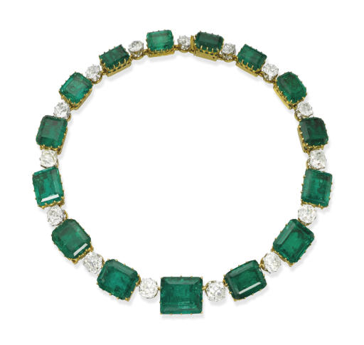 A MAGNIFICENT ANTIQUE EMERALD