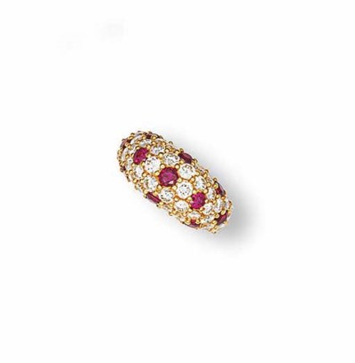 A DIAMOND AND RUBY RING, BY TI