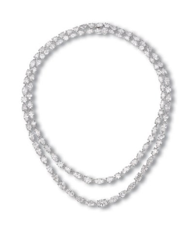 A PAIR OF ELEGANT DIAMOND NECK